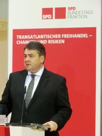 BM Sigmar Gabriel, SPD - © Gerhard Hofmann, Agentur Zukunft
