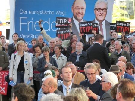 TTIP-Protest im Europawahlkampf - Foto © Gerhard Hofmann, Agentur Zukunft