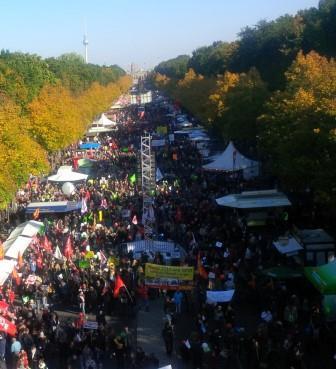 Anti-TTIP-Demo 14 - Foto © Gerhard Hofmann, Agentur Zukunft_20151010_131223