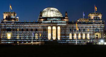 Geheimes auf dem Reichstag - Foto © Daniel Müller, Greenpeace