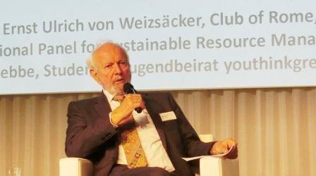 Ernst-Ulrich von Weizsäcker - Foto @ Gerhard Hofmann, Agentur Zukunft