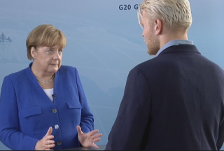 Merkel-Podcast 20170702 - Screenshot ©  Bundesregierung.de