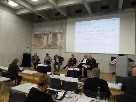Panel-Diskussion im Tagungssaal Bad Boll - Foto © Gerhard Hofmann, Agentur Zukunft