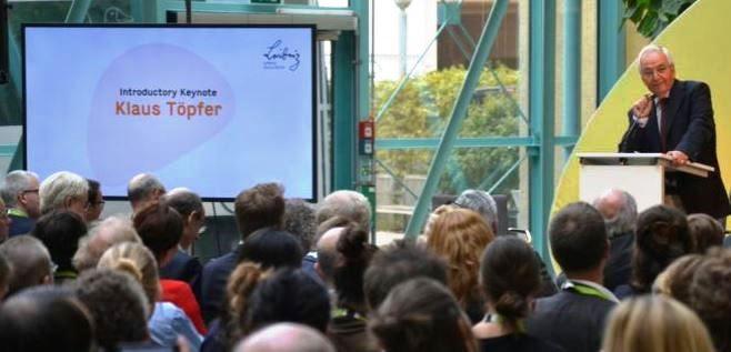 Vortrag Töpfer bei Leibniz-Konferenz - Foto © Leibniz-Gemeinschaft_Christoph Herbort-von Loeper